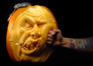 pumkin punch carving